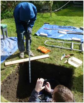 Digging the hole : Archaeology Histon project